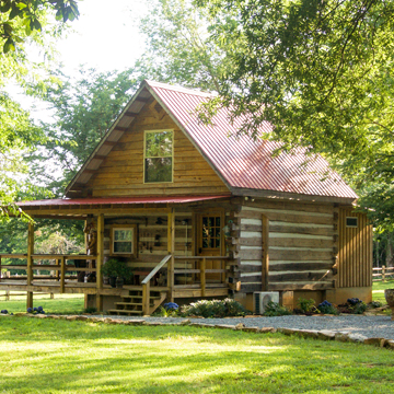 Hunter's Retreat Cabin at Springfield in Halifax VA